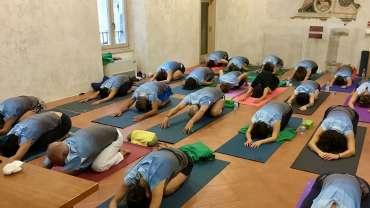 Yoga in Ostello